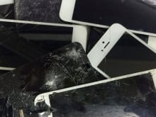 iPhone修理業者必見!高品質の液晶パネルを安く仕入れる方法