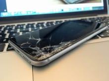 iPhoneの液晶画面割れはAppleサポートの保証対象外?