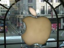 iPhoneが液晶画面割れ!アップルストアの修理料金はおいくら?
