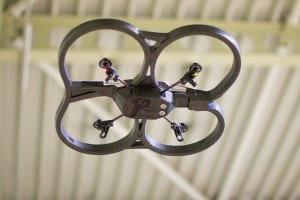 パロットドローンとAR.Droneの故障時の修理費用はどのくらいが目安?