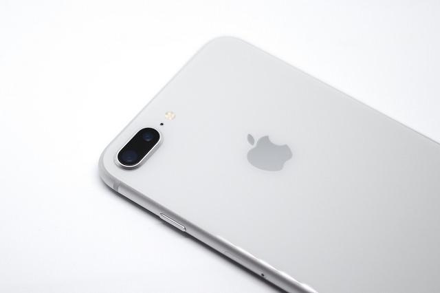 iPhone8 Plusのバッテリーが膨張する不具合「ハマグリ事件」について