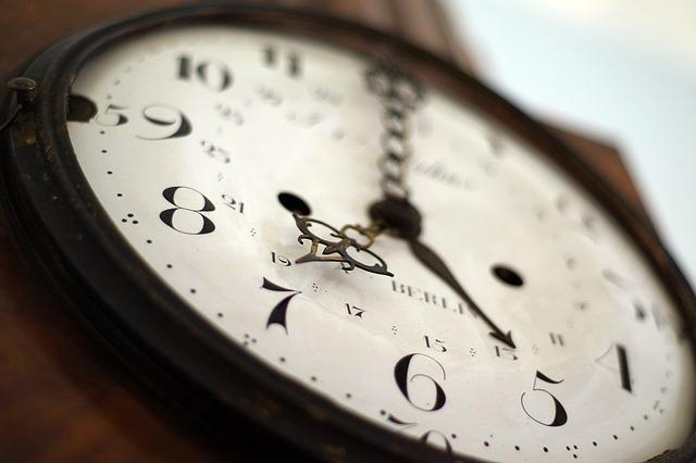 時計の文字盤の修理はどうする?修理・交換費用とズレた場合の対処法