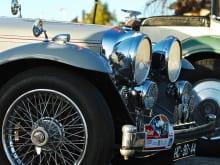 自動車外装品エアロパーツ取り付けの費用・流れ・注意点