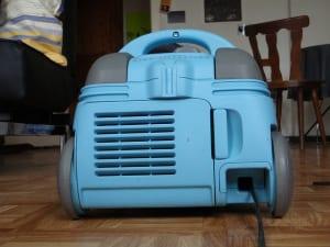 ダイソンの掃除機が充電できない!適切な対処法とは?