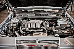 エンジン修理の相場は?費用の目安や交換時の注意点を知ろう!