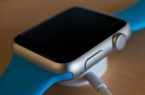 大切なApple Watchが故障時に修理する方法と費用の目安