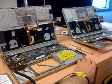 各量販店ではMacBookの修理を受け付けている?その修理価格比較可能か
