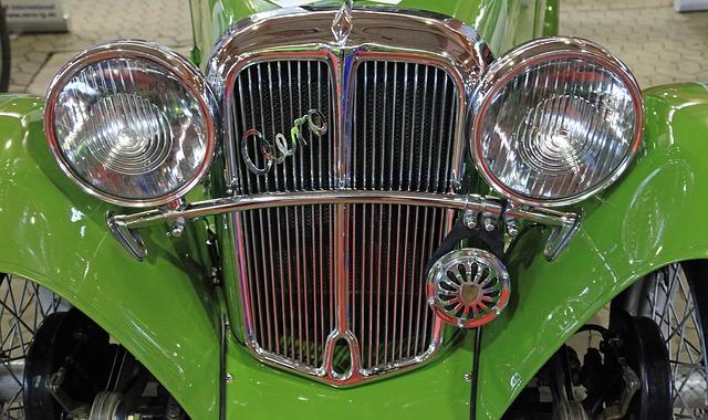 自動車エアロパーツの取り付け・修理の費用相場