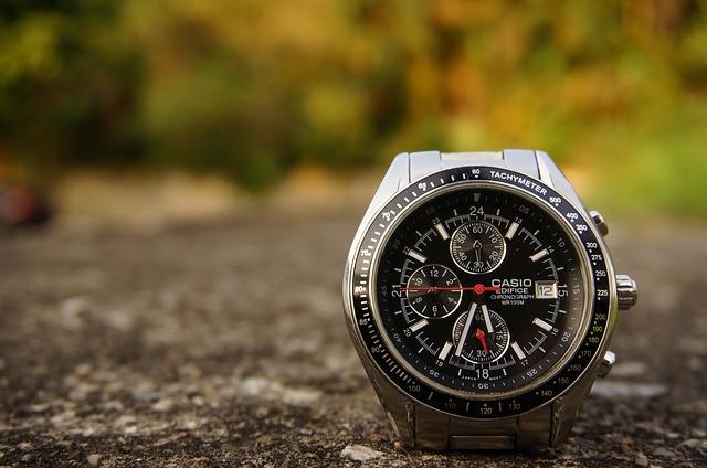 カシオ腕時計 故障時の修理料金はいくら?Gショックの修理費も解説