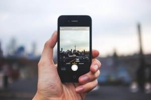 iPhoneカメラが故障した時の対処法と高コスパな修理先を紹介
