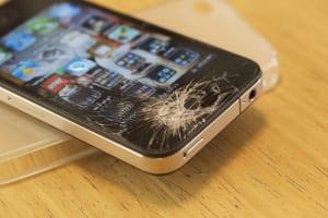 壊れたスマホは買取可能?画面割れiPhoneの買取価格を徹底比較