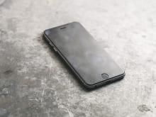 iPhoneの液晶画面が映らない時どうする?対処法は?