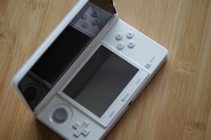 3DSが故障したときにメーカー修理よりも早く直してもらうには?