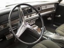 車の足回り修理・整備の費用はいくらが目安?