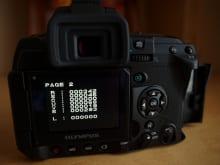 液晶画面にノイズがある・色味がおかしい場合のカメラ修理