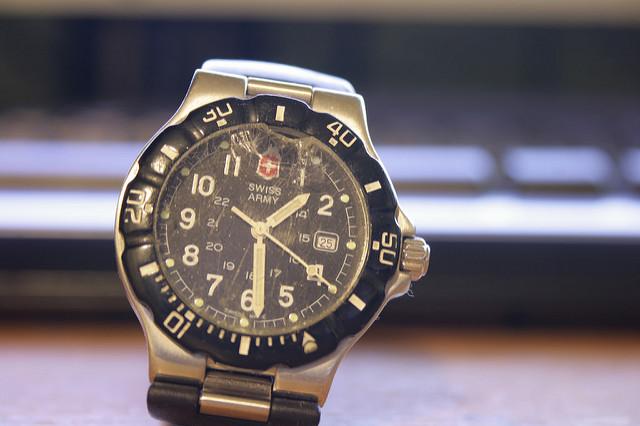 腕時計の故障時に知りたい!修理の値段相場はどのくらい?