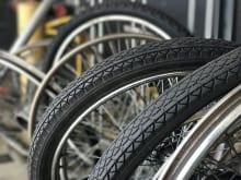 自転車のタイヤ交換は自分でできる?値段相場やオススメ修理店を紹介