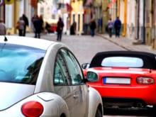 車の「幌」を交換する際のポイントとは?費用の相場や注意点を解説!