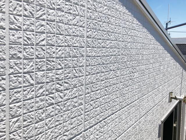 家の外壁修理はいつする?よくある症状や費用相場を解説