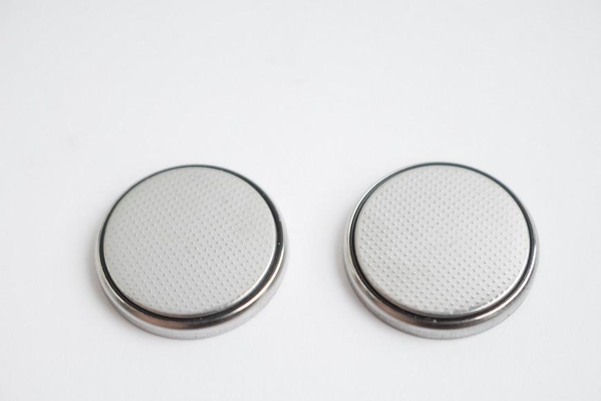 CMOS電池を交換する方法と注意点
