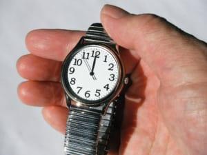 手入れは毎日すべき?自分でできる腕時計の正しい掃除方法を解説
