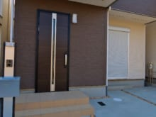 玄関ドアのリフォーム費用相場&業者選びのポイントを詳しく解説