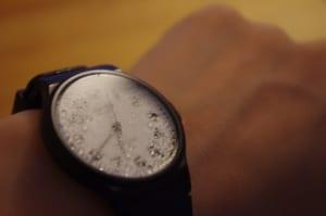 時計が水没!正しい対処法や防水時計の基本知識、修理費用を解説
