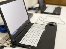新旧パソコンの引っ越しに必須なデータ移行方法や設定・準備を解説
