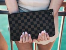 ルイヴィトンのバッグや財布は修理できる!修理内容や料金の目安