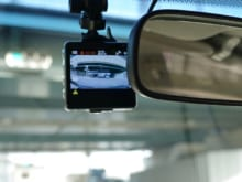 ドライブレコーダーは自分で取り付けできる?メリットやリスクも解説
