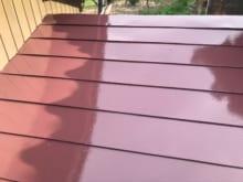 屋根の色選びで考えるべきポイントは?DIYと業者の比較・注意点も