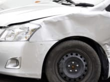 車両保険とは?メリットや注意点・保険料を抑える方法を公開