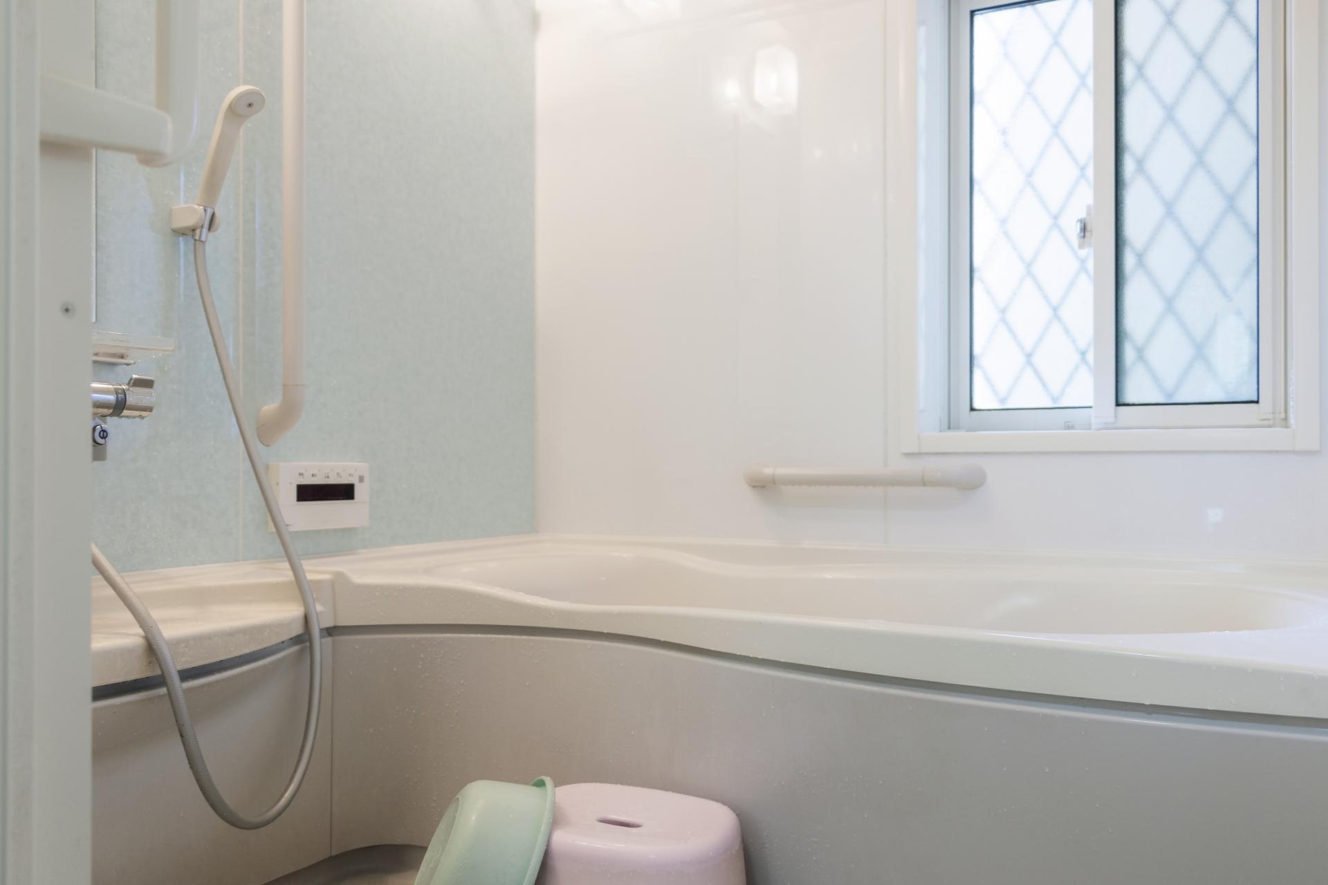 お風呂のパネル交換とは?浴室パネルの選び方や費用などを紹介!