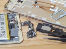 AndroidもiPhoneも…スマホ修理は駅チカのスマホステーションに駆け込もう